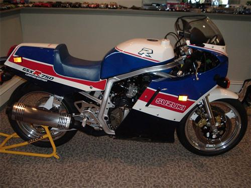 1987 GSXR 750 for Sale http://www.pic2fly.com/1989-Gsxr-750-for-Sale.html