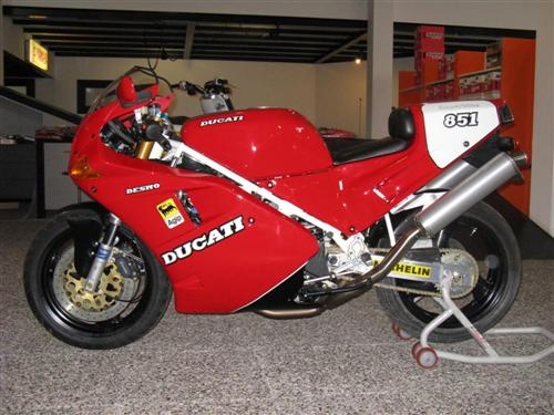 Ducati 851 SP3 with only 7 kilometers For Sale in Italy
