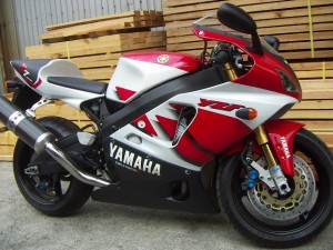 Yamaha R7 OW02 For Sale