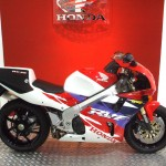 Brand new 0 miles Honda RC45 for sale at Doble Motorcycles UK