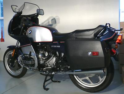 On the touring side of sporty 1993 BMW R100RS  Rare SportBikes