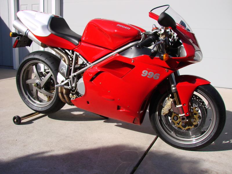 incredible 2001 ducati 996 monoposto with 926 miles. Black Bedroom Furniture Sets. Home Design Ideas