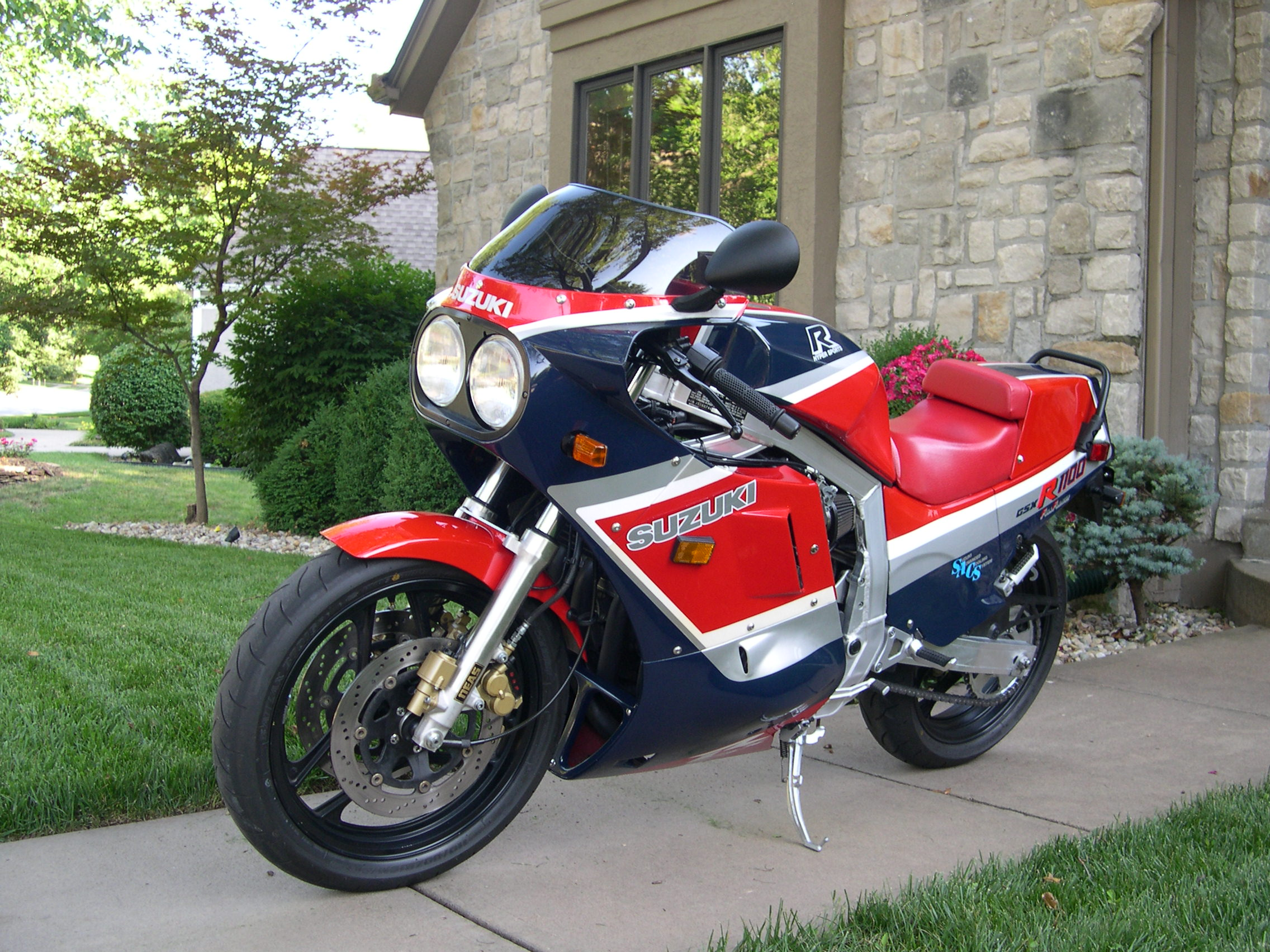 39 86 suzuki gsxr 1100 first year of a classic rare sportbikes for sale. Black Bedroom Furniture Sets. Home Design Ideas