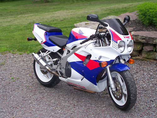 Raising The Bar 1993 Honda Cbr900rr For Sale Rare