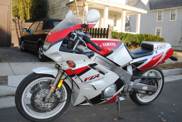 Final Paint Coats Finished as well Yzf75093 likewise Be Quick 1992 Yamaha Fzr600 additionally 20090803 1 additionally FZR10001989 90. on yamaha fzr1000