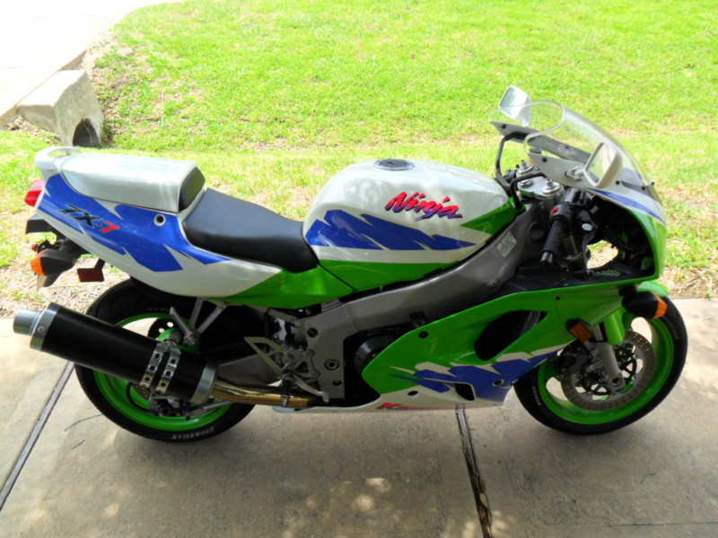 What Are The Stock Tires On A Kawasaki Ninja Zxr
