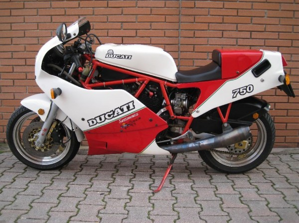 nothing to do with the beach: 1988 ducati f1 750 santamonica