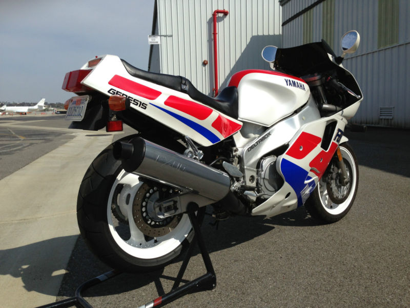 1989 yamaha fzr1000 exup for sale rare sportbikes for sale. Black Bedroom Furniture Sets. Home Design Ideas