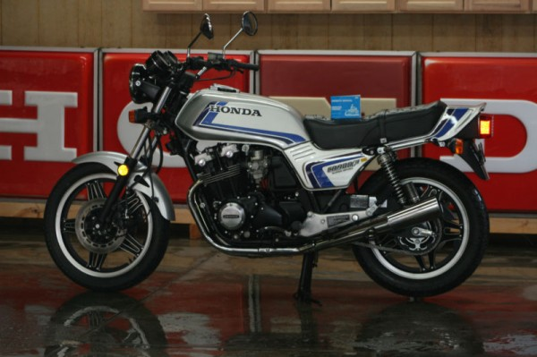 ... Pictures 1982 honda cb900f supersport no reserve new paint and decals