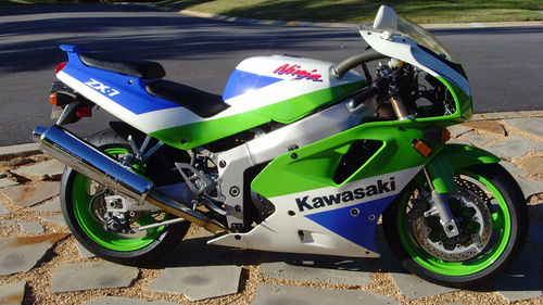 Uncut 1992 Kawasaki Zx7 With Reserve Already Met Rare