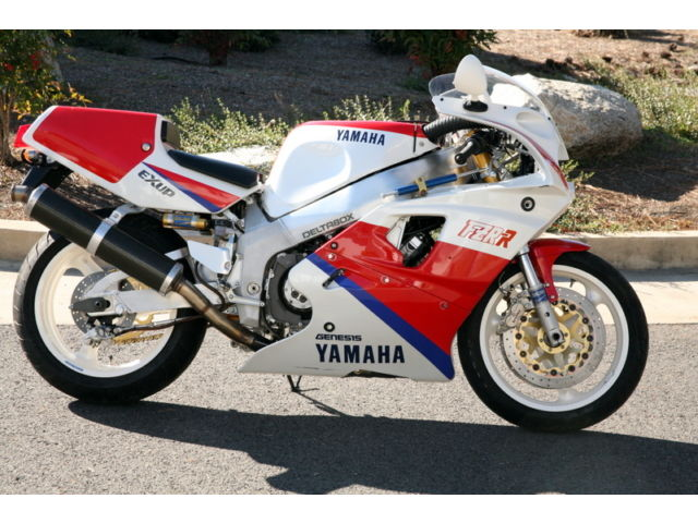 1990 Yamaha OW01 FZR750RR with the Factory Race Kit available in Grants Pass, Oregon