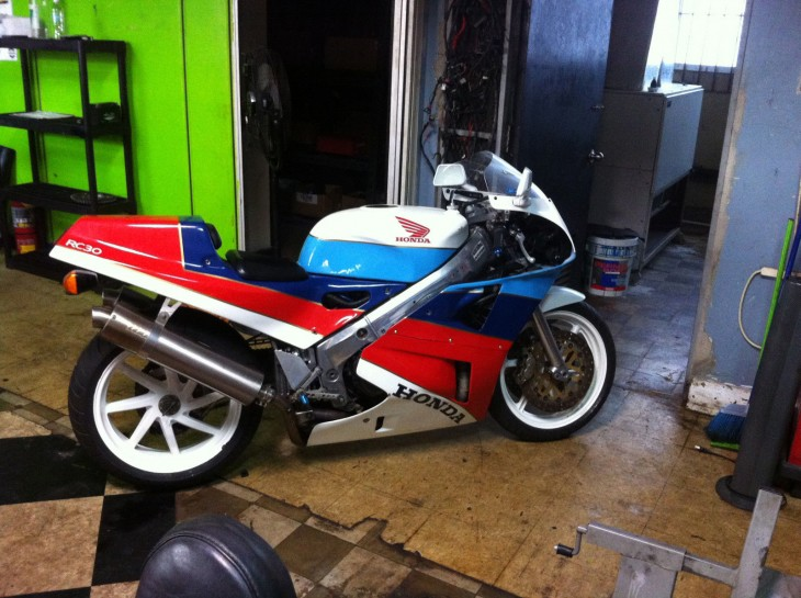 1990 Honda RC30 available in Puerto Rico