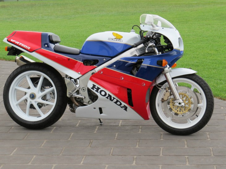 Really Cool 1989 Honda RC30 available in Australia