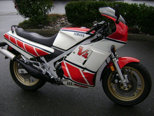 Hail canada 1985 yamaha rz500 rare sportbikes for sale for Yamaha rz for sale
