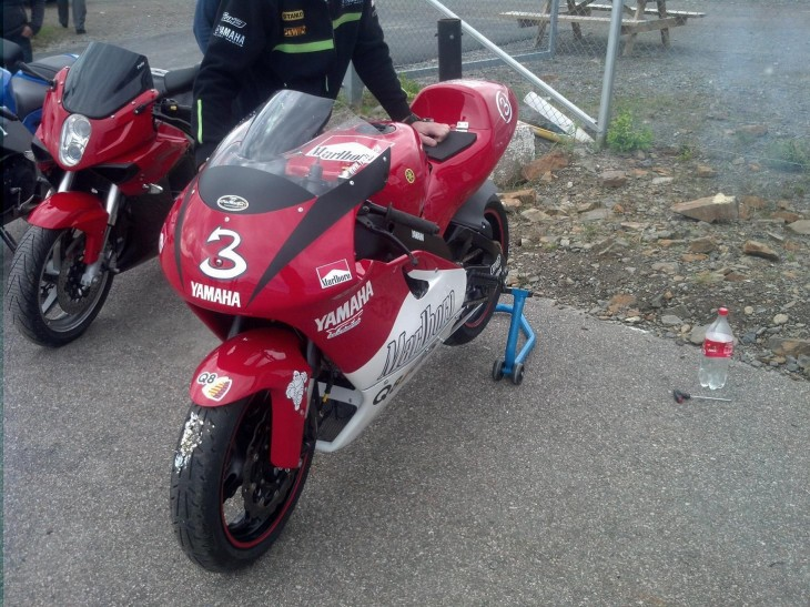 2000 Yamaha YZR500 Replica L Front