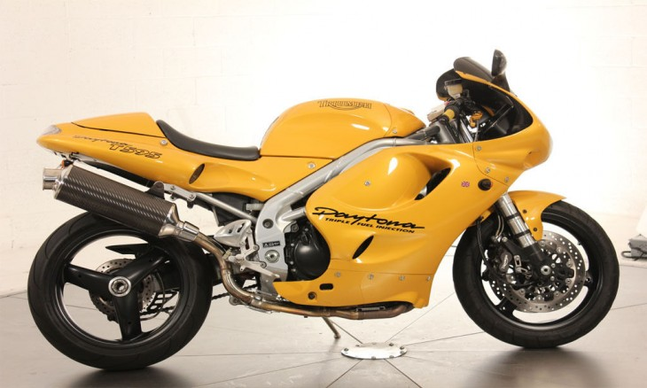 1997 Triumph Daytona R Side