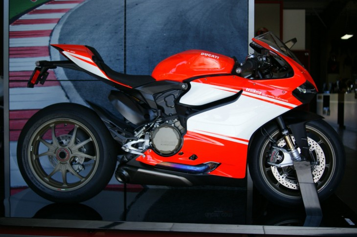 2014 Ducati Panigale Superleggera R Side