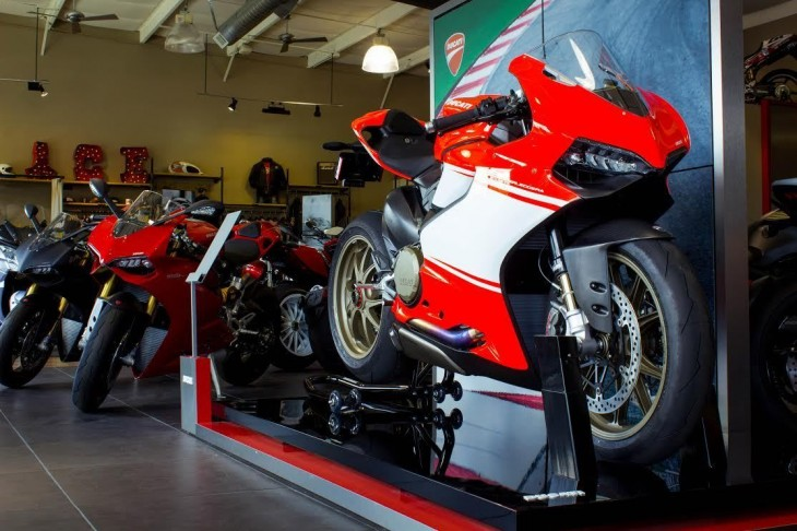 The Price of Perfection: 2014 Ducati 1199 Panigale Superleggera