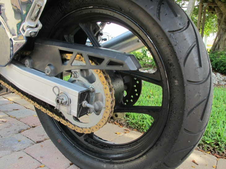 1987 Suzuki GSX-R 750 L Side Rear Wheel