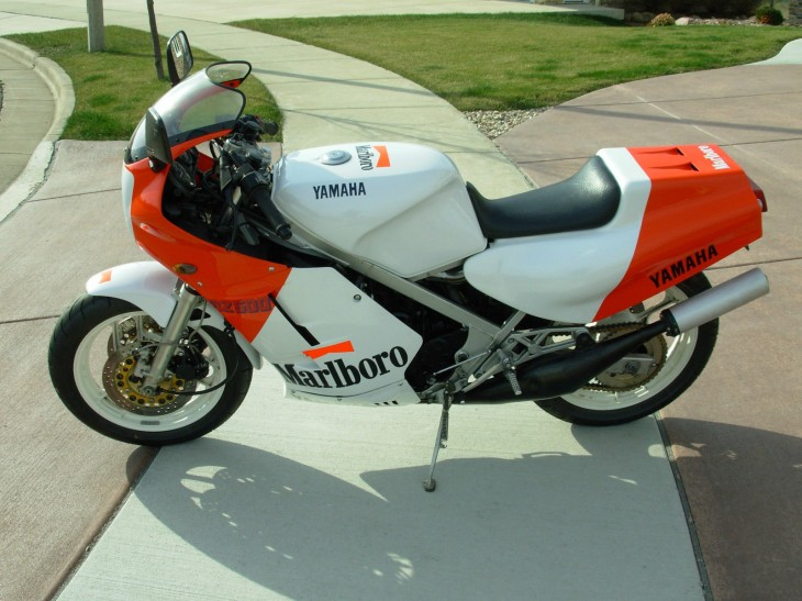 Smokes-Branded Smoker:1985 Yamaha RZ500 for Sale