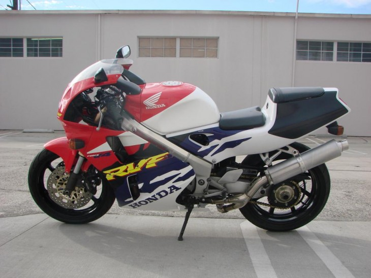 1996 Honda RVF400 L Side