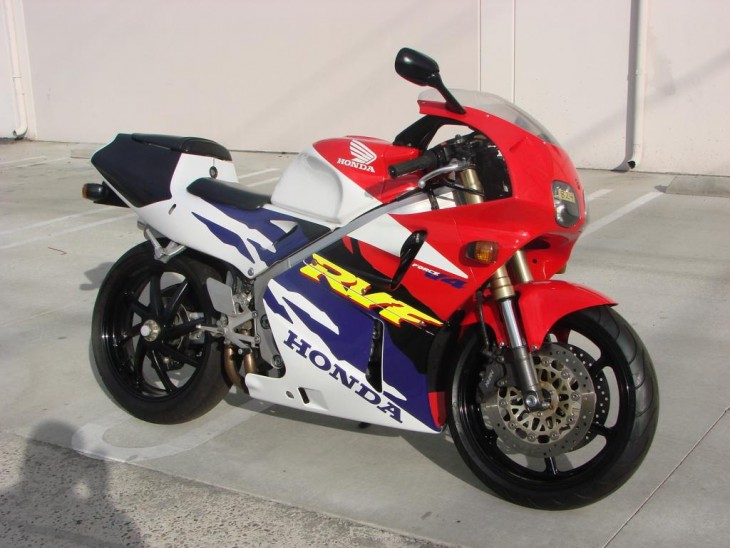 Big-Bang Theory: 1996 Honda RVF400 for Sale