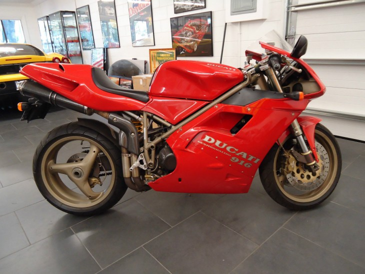Still Stock: 1995 Ducati 916 Strada with 8160 miles - Rare ...