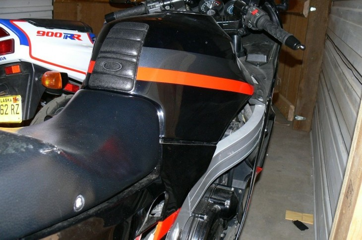 20150302 zx10 right seat