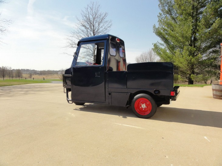 Dawn Patroller – Restored 1993 Cushman ATM 800 Utility Scooter