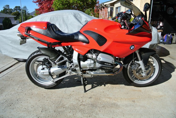 The Other Red:  1999 BMW R1100S