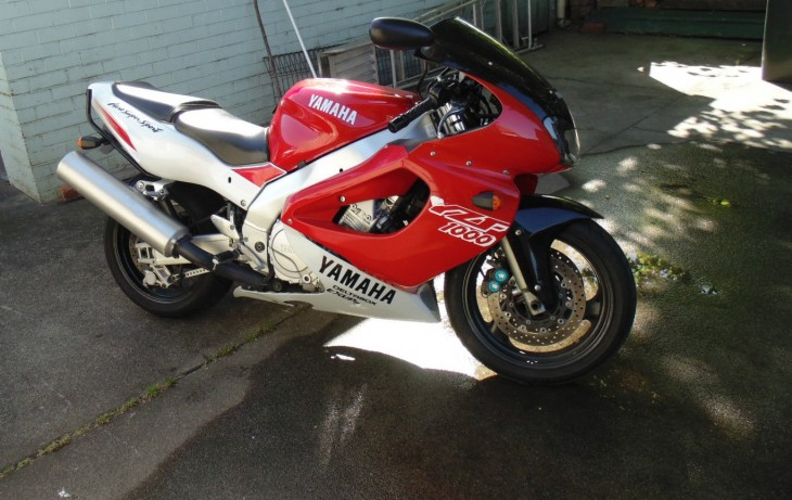 Thunder Ace!  1996 Yamaha YZF1000R in AUS