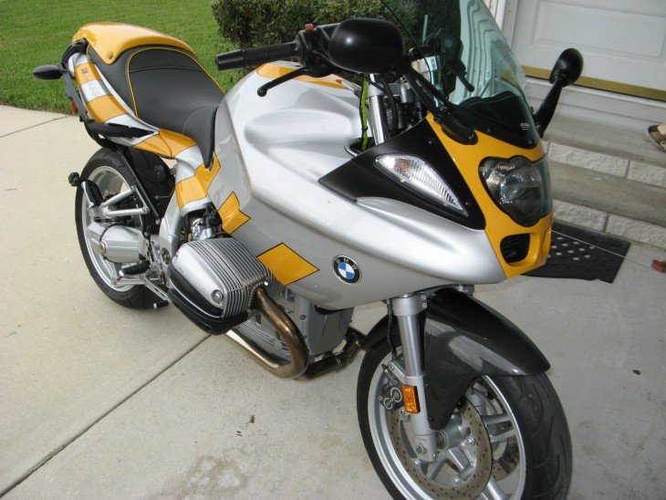 20150418 2000 bmw r1100s right front