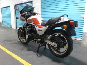 20150507 1984 kawasaki gpz-750 left rear