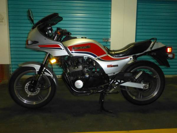 Bay Ridge Barn ( well, storage unit ) Find – 1984 Kawasaki GPz-750