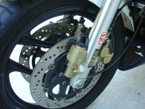20150513 1986 suzuki gsx-r750 limited edition left front wheel