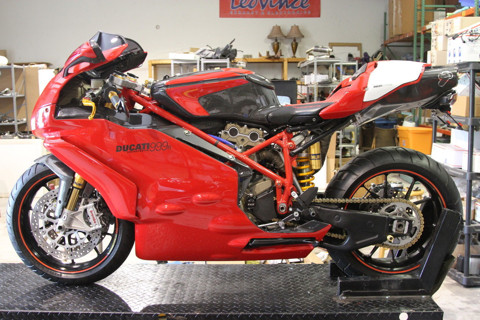 under the skin 2005 ducati 999r for sale rare sportbikes for sale. Black Bedroom Furniture Sets. Home Design Ideas
