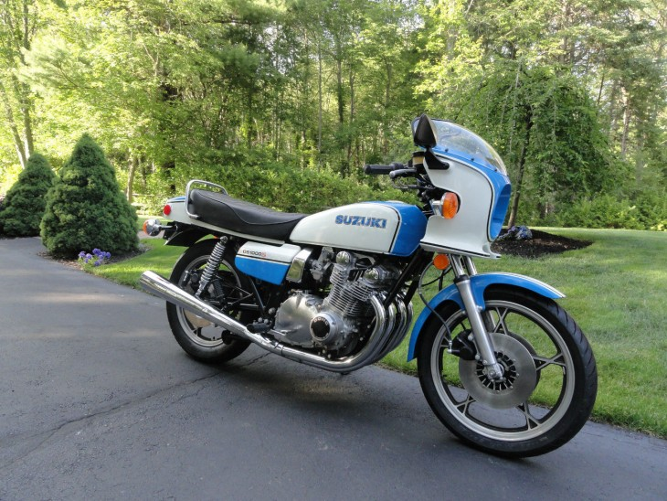 1979 Suzuki GS1000S R Side Front