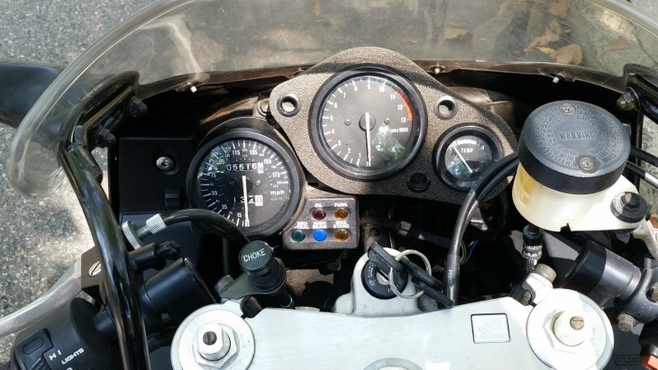 1993 Honda CBR900RR Clocks