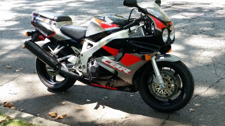 5,000 Mile Time-Warp: 1993 Honda CBR 900RR for Sale