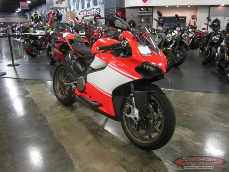 2014 Ducati 1199 Superleggera R Side Front