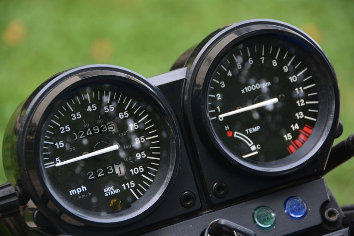 1990 Honda CB1 Clocks