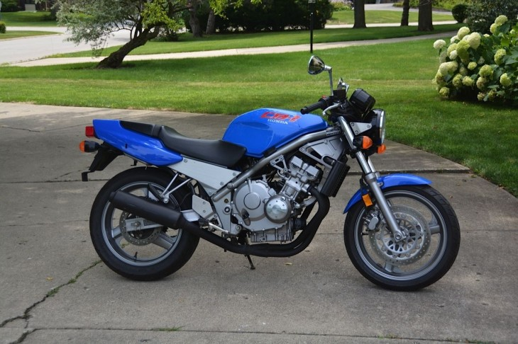 1990 Honda CB1 R Side