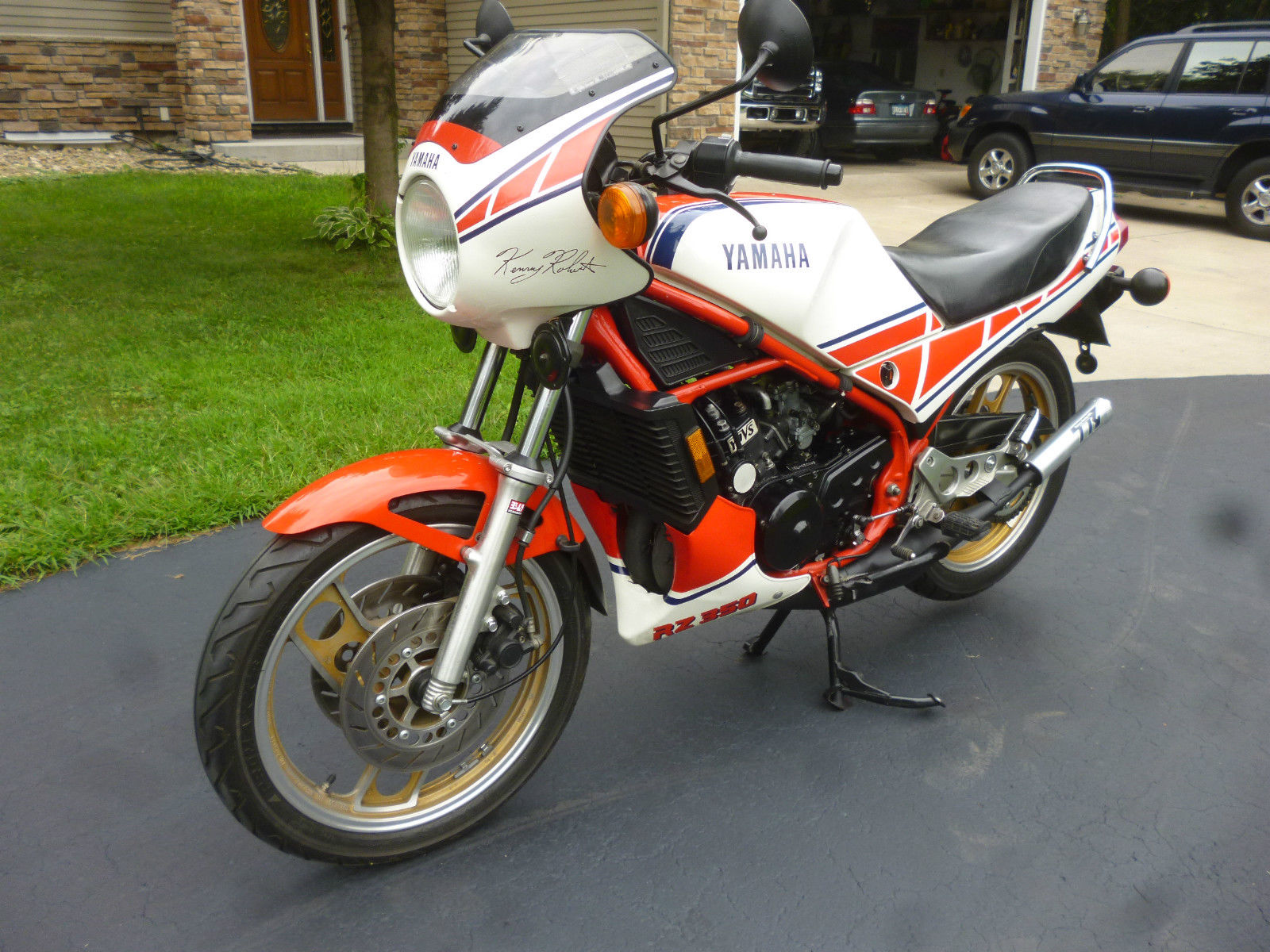 Simple and effective 1985 yamaha rz 350 kenny roberts for Yamaha rz for sale