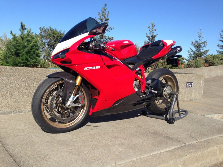 Form and Function: 2008 Ducati 1098R for Sale