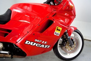 20150907 1991 ducati 907ie right fairing detail