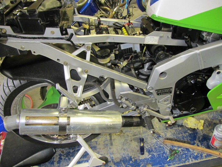 1989 Kawasaki ZX7 H1 R Side Naked