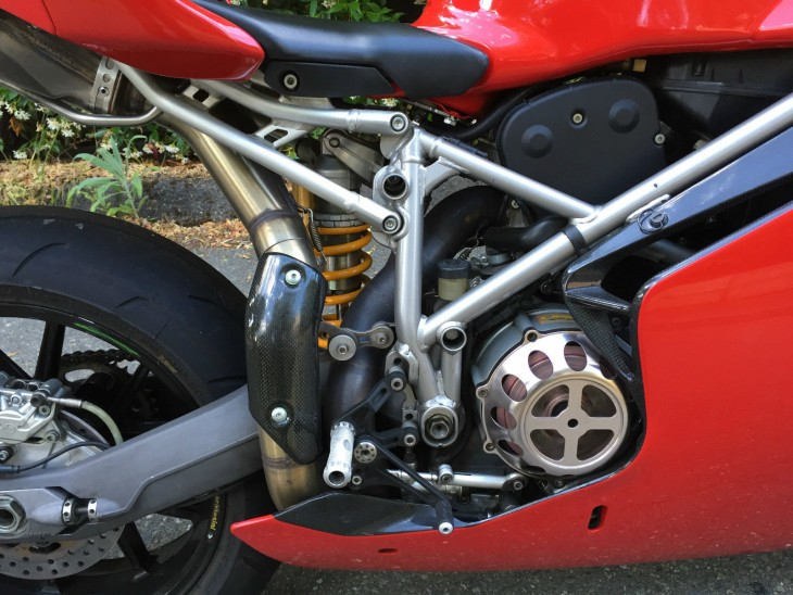 20151021 2003 ducati 999r right cfootpeg