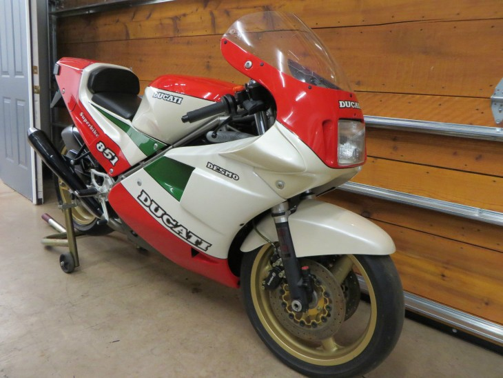 featured listing: brand new tricolore ducati 851 superbike kit