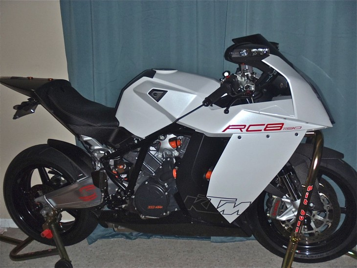 20151227 2008 ktm rc8 limited edition right