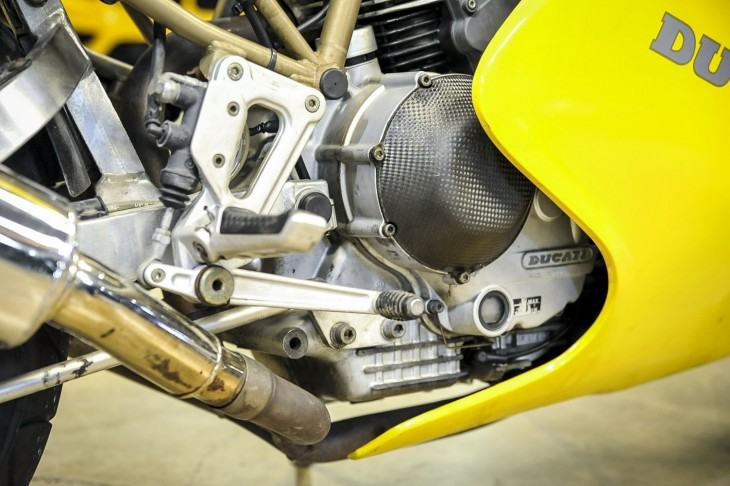 1997 Ducati 900SS Side Engine